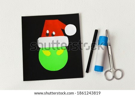Christmas card Grinch step by step instruction for kids. Step 7